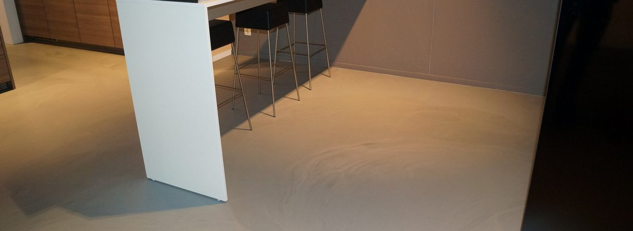 epoxy-gietvloer.jpg - Terazzo en vloerenbedrijf Traas - Heinkenszand