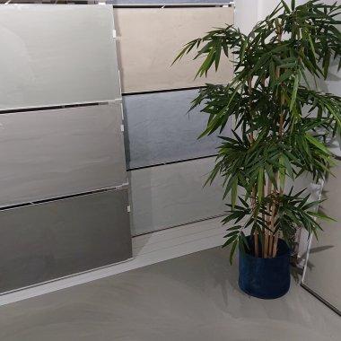 kkX-gietvloer-badkamer.jpg - Terazzo en vloerenbedrijf Traas - Heinkenszand