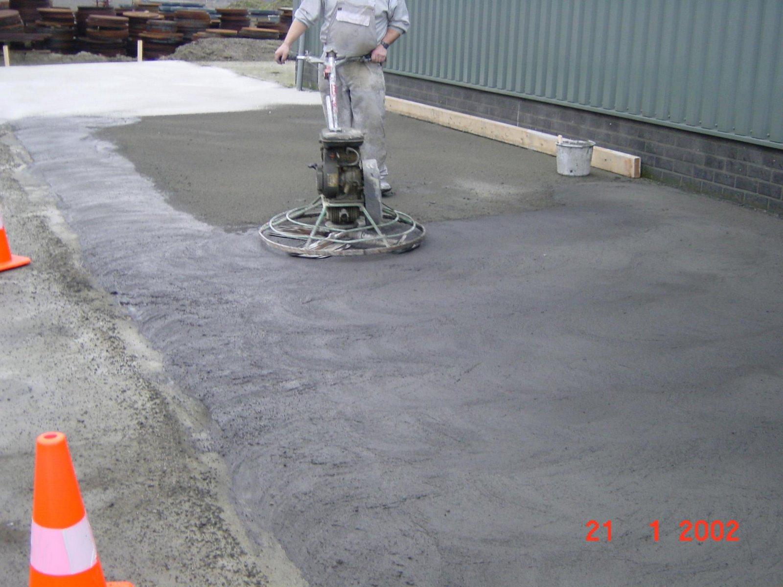 Betonvloeren terazzo en vloerenbedrijf traas heinkenszand - Kwarts beton ...